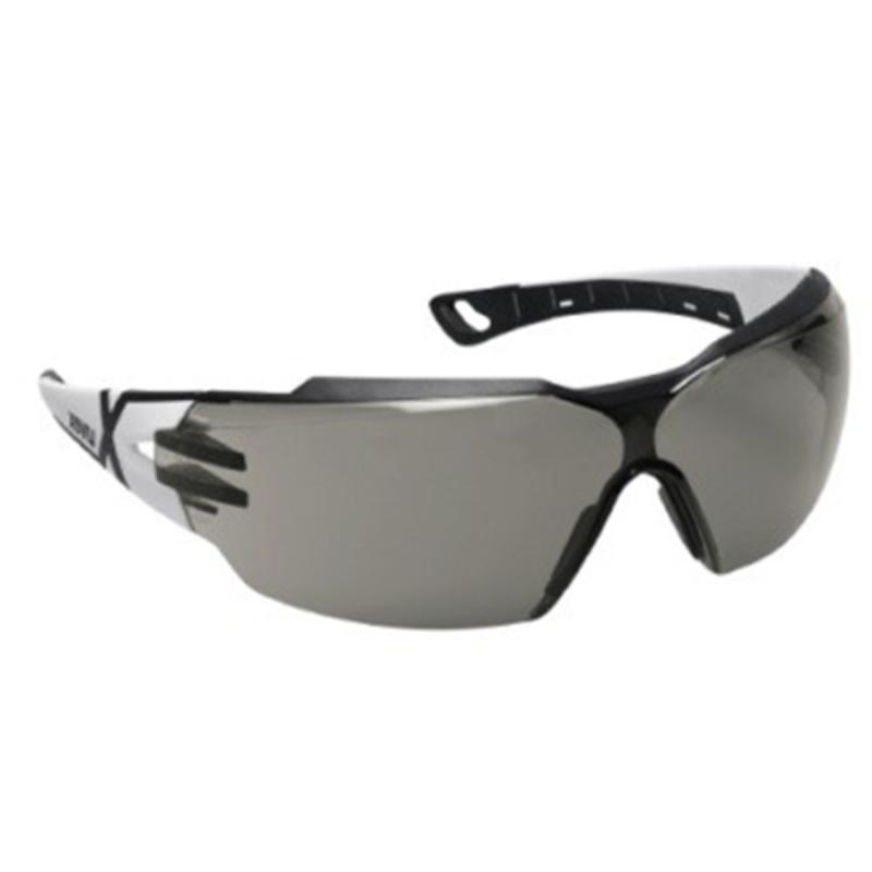 Sikkerhedsbrille, tonet linse, antidug og ridsefast, UVEX